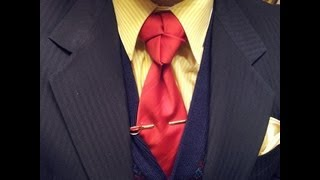 in depth how to tying a truelove knot neck tie mirrored video