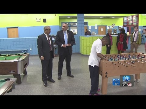 Congressman Bobby Scott visits Boys and Girls Club in Newport News