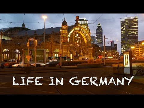 Learn German | Daily Life in Germany - Frankfurt Hauptbahnhof (Railway station)