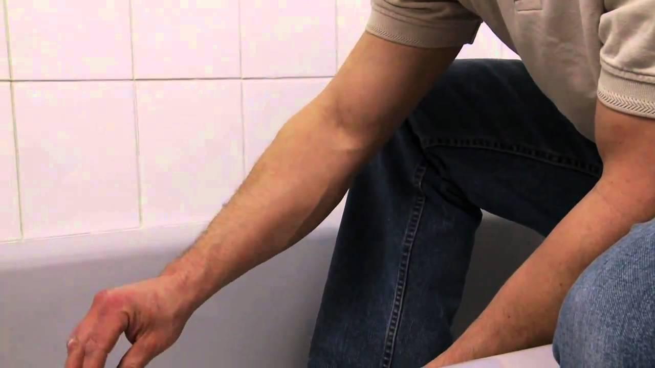How to Replace Bathtub Caulking - YouTube