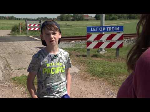 Spelen langs het spoor: levensgevaarlijk