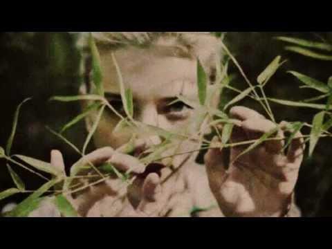 Scarlett Johansson ''Green Grass'' (+ Lyrics)