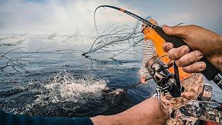 КАЖДЫЙ ЗАБРОС-КРОКОДИЛ!!! НЕ МОГУ ПОДНЯТЬ ДАЖЕ! ЭТО НЕЧТО!  Рыбалка по-братски ч.2