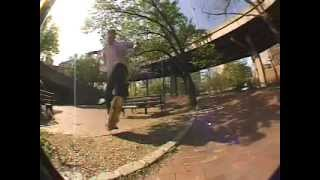 Dave Roma Skateboarding - Ollie / Shuv at Brooklyn Banks
