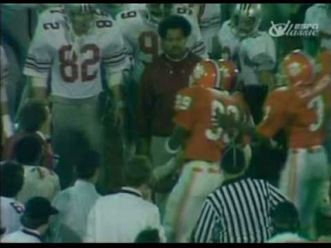 "Today in ""CFB History Lessons"", here's Woody Hayes punching Charlie Bauman in 1978."