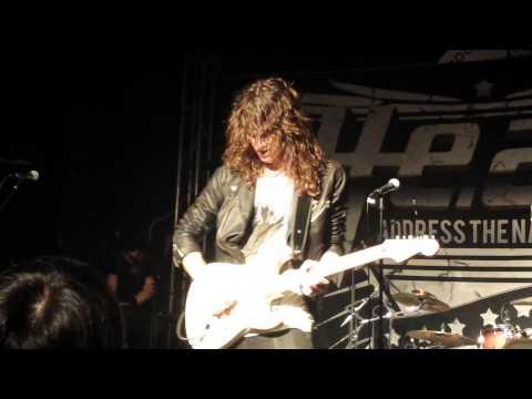 H.E.A.T - Eric Rivers Guitar Solo ( Shenzhen, China, 2013-10-11 )
