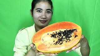 Pretty Girl eating papaya Delicious, Eating Delicious Natural Life