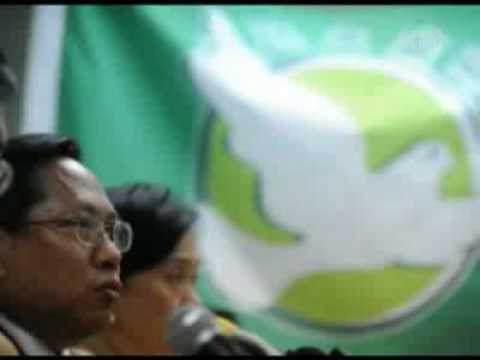 Hong Kong Democrats Discuss Reform With Beijing