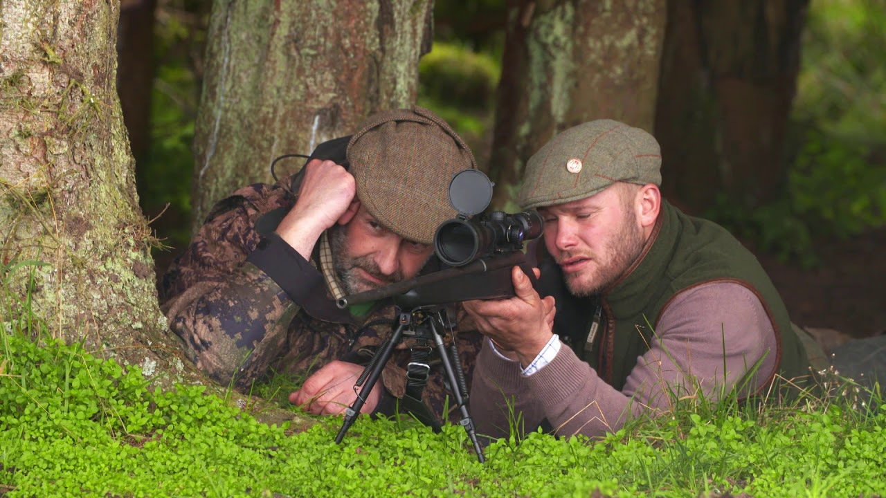 Royal Outfitters UK  - Combination Deer Hunt - Joe & Pip