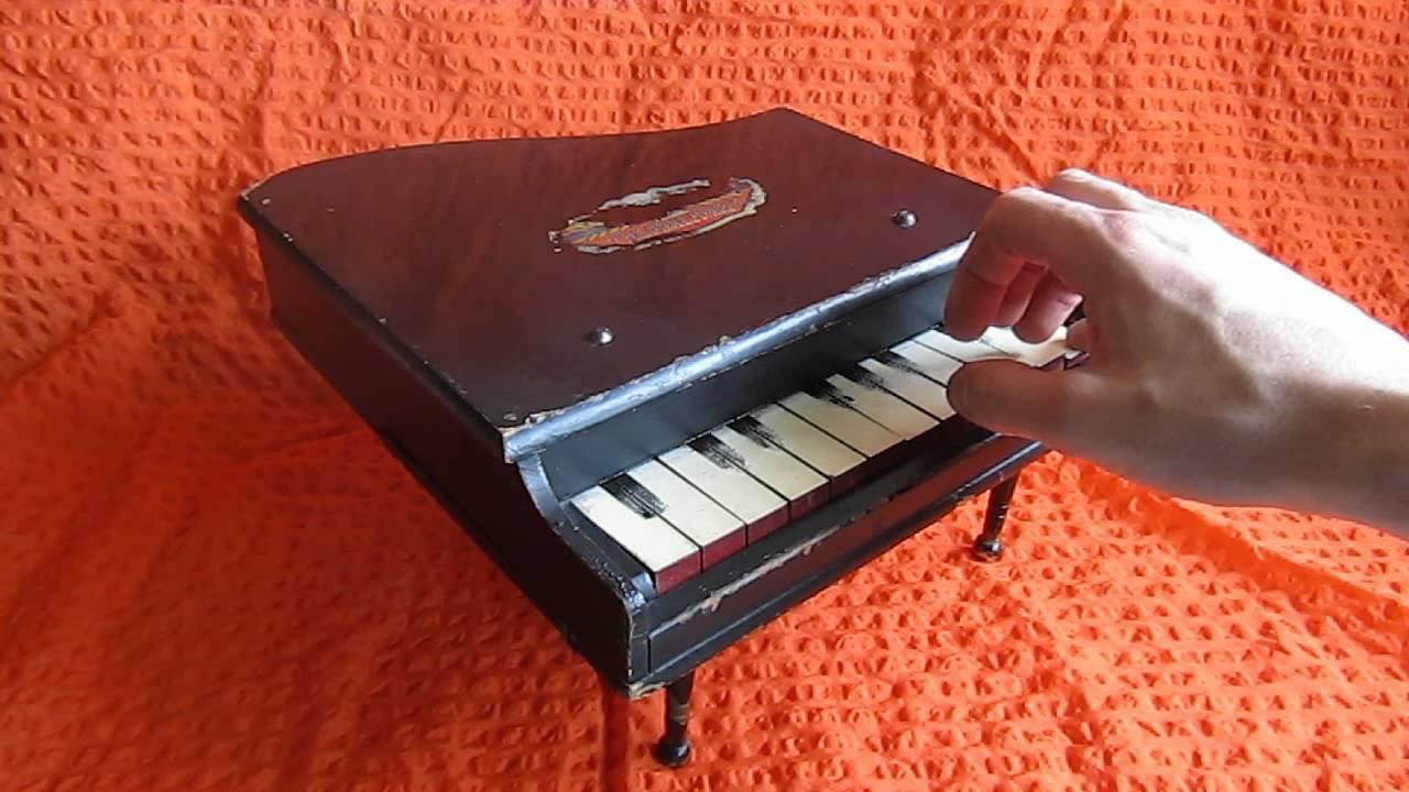 3 июл 2017. Детские игрушки | как играть на фортепиано игрушка пианино видео для детей https://www. Youtube. Com/watch? V=bkfyhvykz40 * subcribe: https://www. Youtube. Com.
