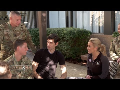 Kellie & Ben Visit Fort Campbell! - Pickler & Ben