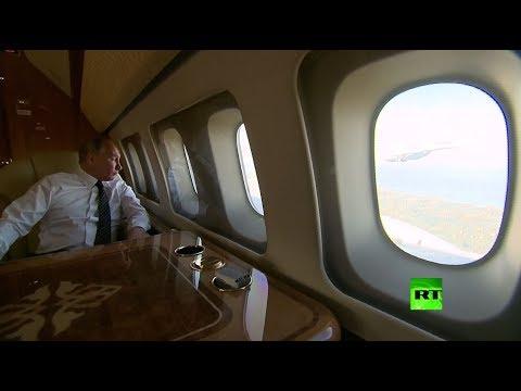 بوتين يراقب العنقاوات من نافذة الطائرة الرئاسية ويبتسم  - نشر قبل 2 ساعة