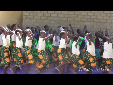 Anno's Africa - Malawi music 2