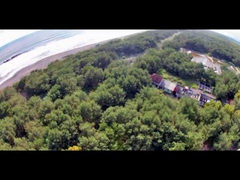 wisata-pantai-goa-cemara-yogyakarta