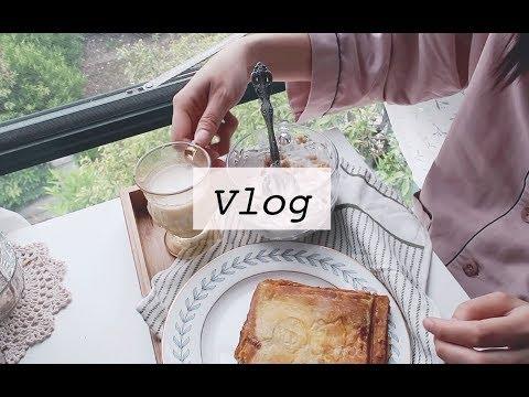 【桑桑】vlog 治愈生活|书单纪录片分享|一人食早餐|写手帐|杯子分享|练吉他日常