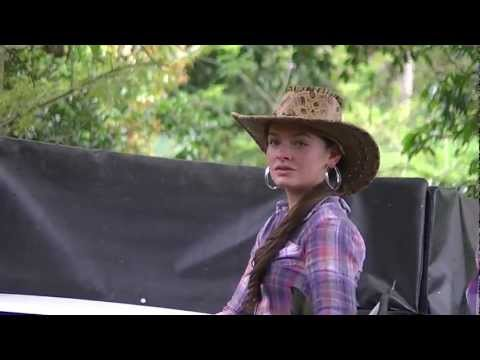 horse-riding-cordoba.-tourism-quindio-colombia,beautiful-landscapes-and-women-11.m2ts