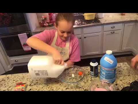 SEE WHAT REAGAN'S MAKING TODAY (YIKES!) + CROCKPOT CHRISTMAS CANDY!