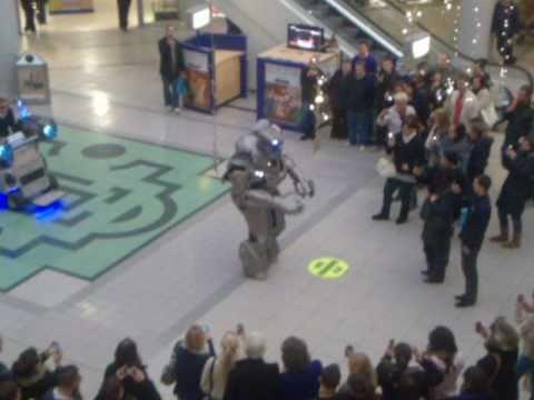 Titan The Robot At The Howard Centre Welwyn Garden City