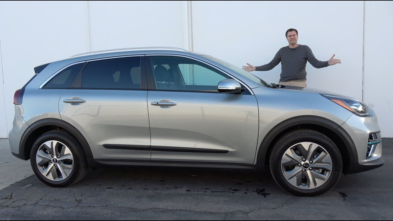 the kia niro ev is a pricey electric hatchback youtube. Black Bedroom Furniture Sets. Home Design Ideas