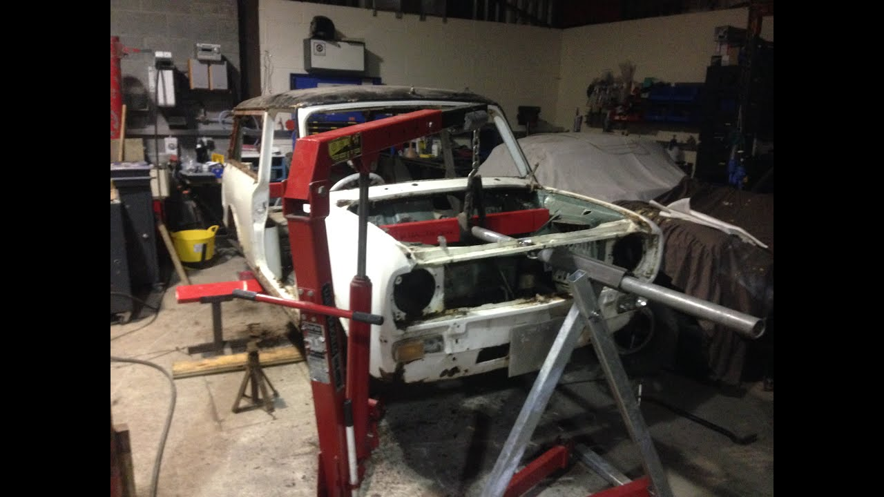 Mini Clubman Estate Loaded Onto Spit Rotisserie And Rotated X 4