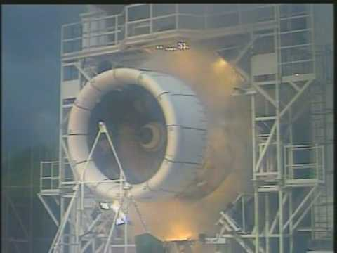 Turbo fan engine blows up