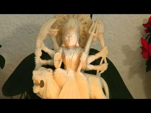 Om Hrim Dum Durgayai Namaha Mantra langsame Japa Rezitation