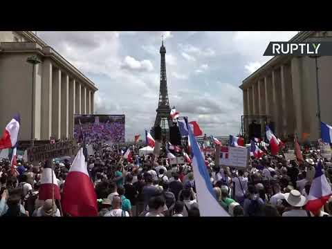 En direct : nouvelle manifestation contre le pass sanitaire à Paris