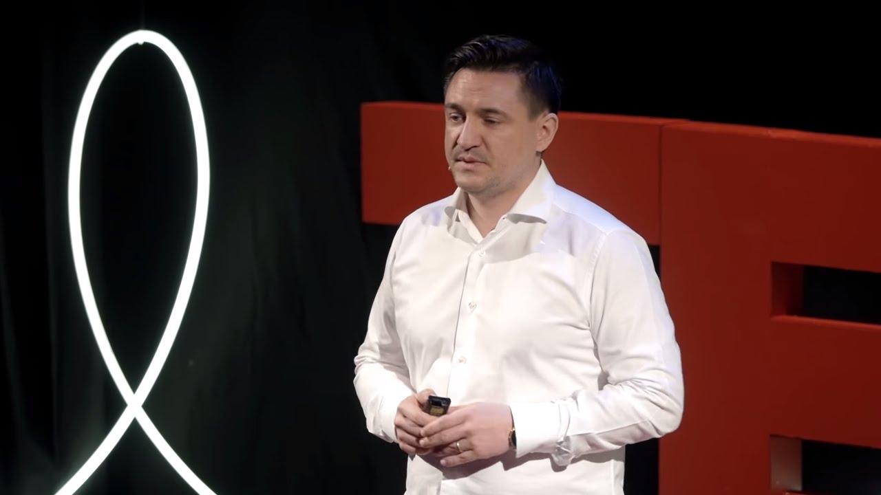 Cum am ales să devin un Cyborg | George Buhnici | TEDxCluj