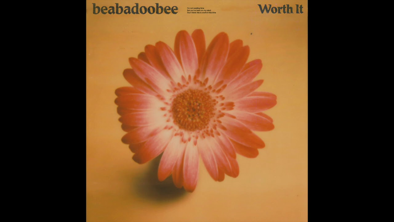 BEABADOOBEE RELEASES NEW SINGLE WORTH IT/  DEBUT LP FAKE IT FLOWERS OUT OCTOBER 2020 / TOUR SEP-OCT