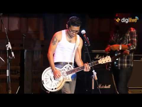 """Konser Amal """"Dari Gitaris untuk Indonesia"""" (Part IV)"""