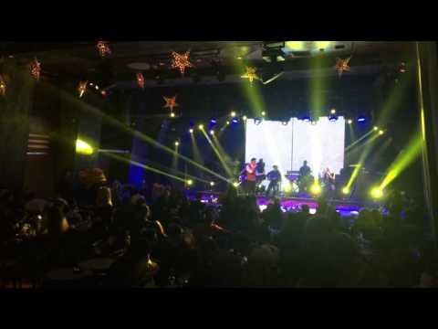 Lefteris Adrianos Zitw i Ellas / Eimai astatos poli Live@ Mouses