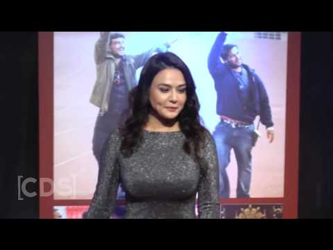 Preity Zinta BIG Assets Exposed In Tight Dress