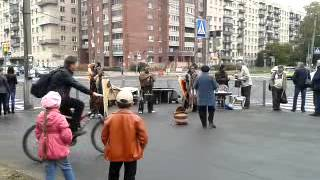 В Колпино заглянули  индейцы video 2013 09 19 14 24 51