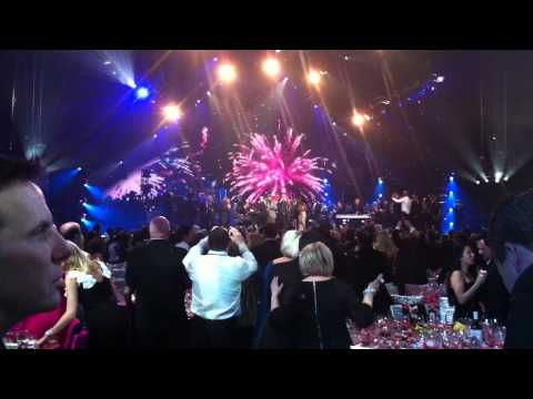 Stevie Wonder singing Happy Birthday to Muhammad Ali at Keep Memory Alive event - 2-18-12
