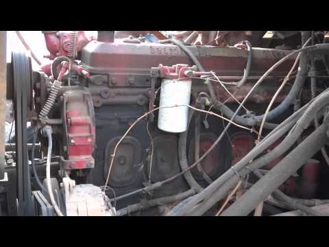 6-71 Detroit Diesel - Start Up, Idle, Throttle Up, and Shutdown (HD)