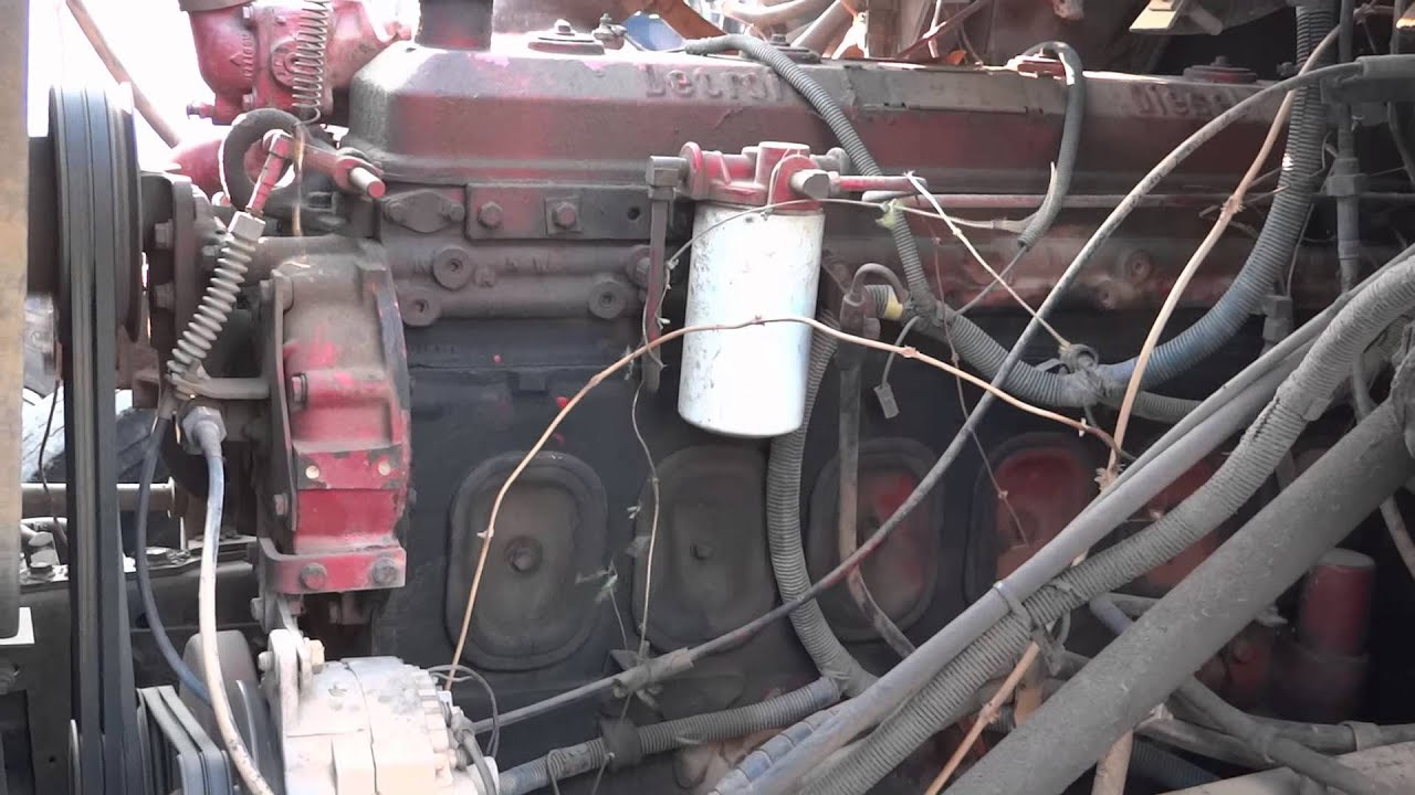 6 71 Detroit Diesel Start Up Idle Throttle Up and