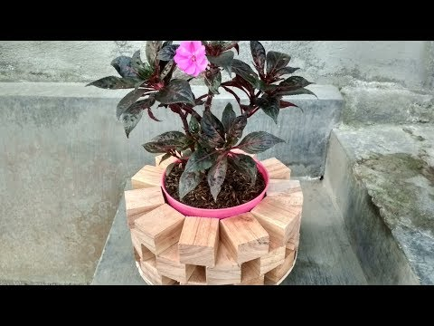 How To Make Amazing Circle Plant Stand - DIY Wooden Plant Stand