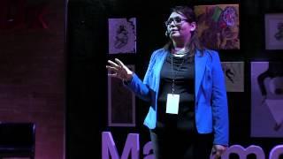 ¿Mujeres fuertes o mujeres con fortaleza? | Irene Rocha | TEDxMatamoros
