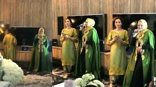 Video Datuk Siti Nurhaliza nyanyi lagu Kenangan Terindah di Malam Berianai bakal menantunya Izara Aishah download MP3, 3GP, MP4, WEBM, AVI, FLV Desember 2017