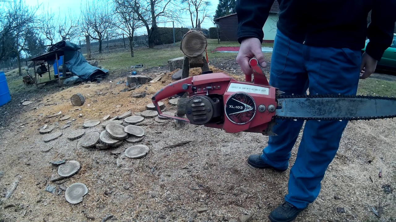 Homelite XL-103 chainsaw