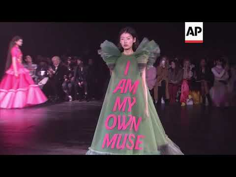 Viktor and Rolf make Memes couture with loud statements on tulle gowns at Paris Fashion Week