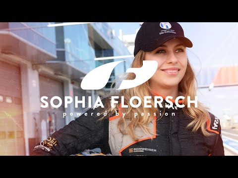 Sophia's IMPRESSIONS - Join me in a Formula 3 Regional on a 360° lap at Nürburgring