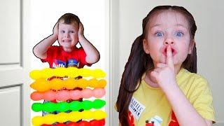 Children play with balloons 아이들은 풍선 놀이 어린이를위한 교육용 비디오 모음