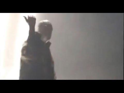 Kanye West Kicks Fan Out Of Concert - VIDEO!