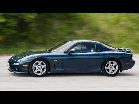 Mazda RX7: Come va un esemplare perfettamente originale? - Davide Cironi Drive Experience (SUBS)