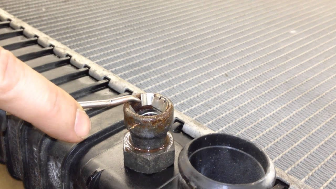 Heater Hose Connector Removal Tool