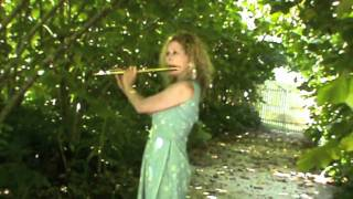 I Dreamt That I Dwelt in Marbled Halls played by Jane Rutter Flute