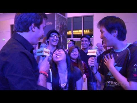 Travis teaches Doublelift how to Interview at Worlds Semifinals