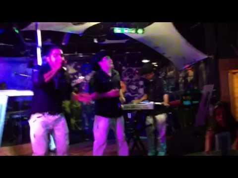 Vaqueros nigthclub Reflejo musical
