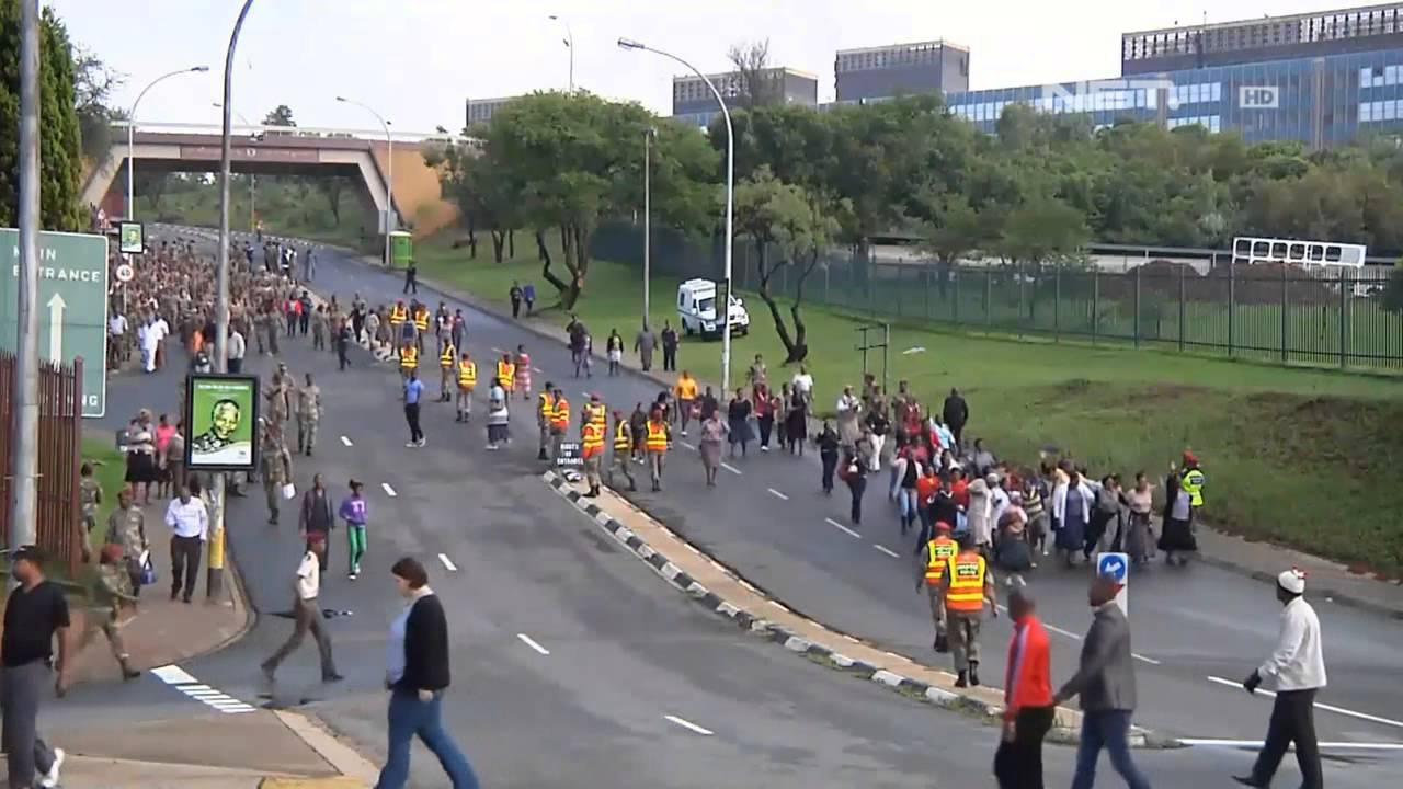 Hasil gambar untuk jalanan afrika hd